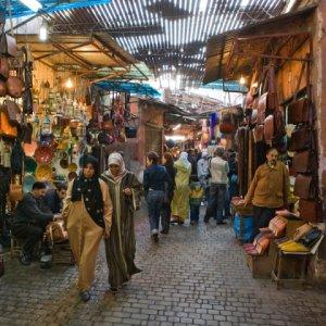 phoca_thumb_l_marrakech-mercado-2-marruecos_800x600